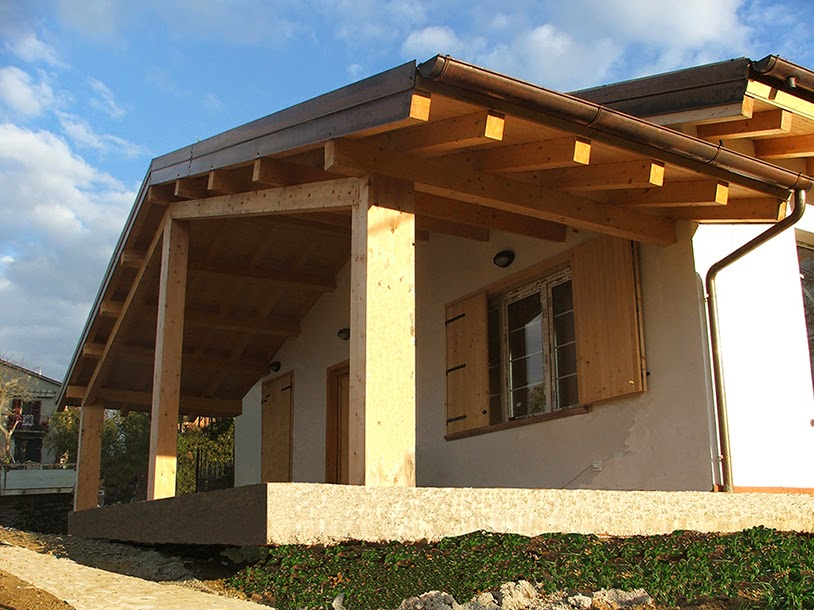 Progetti di case in legno casa 103 mq terrazza coperta for Piani di coperta in legno