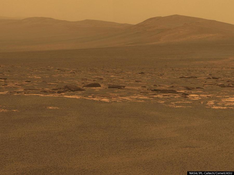 Gambar-gambar Kawah Endeavour di planet Marikh