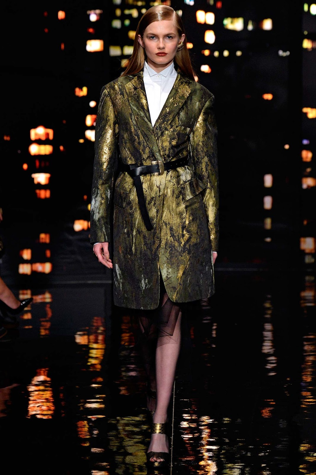 Brocade trend on AW 2015 runway at Donna Karan / via www.fashionedbylove.co.uk