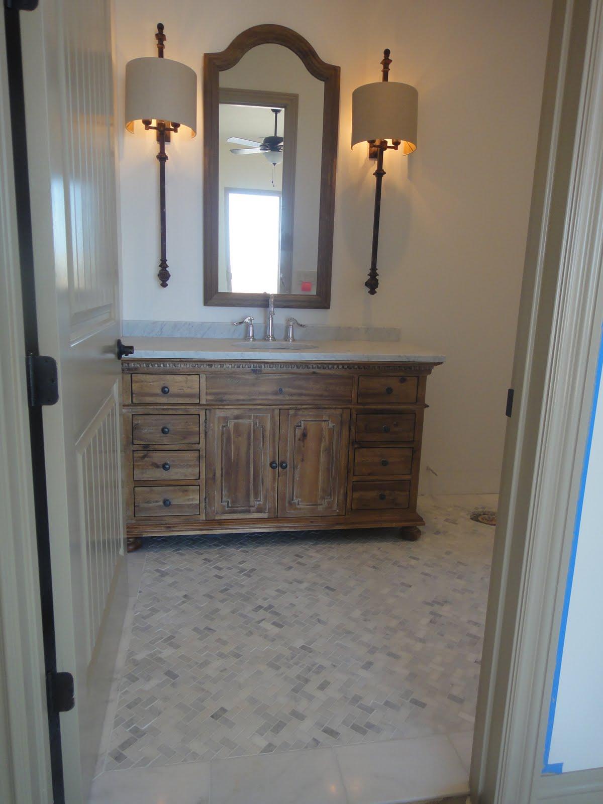Antique style bathroom - Antique Style