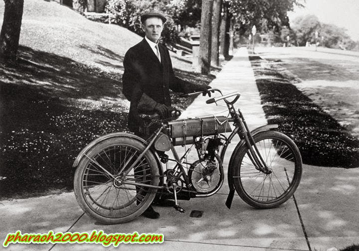 The first Harley Davidson motorcycle was made in 1903, and the carburetor was made from cans of tomatoes