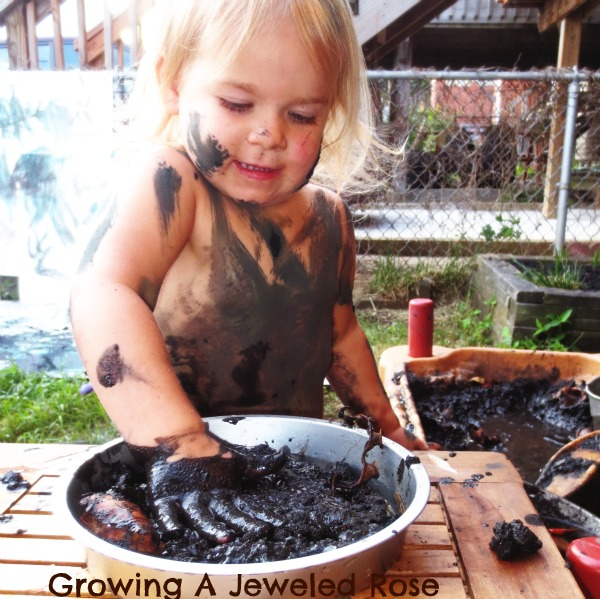 Messy Kitchen Kids: Play In The Mud- The Fun