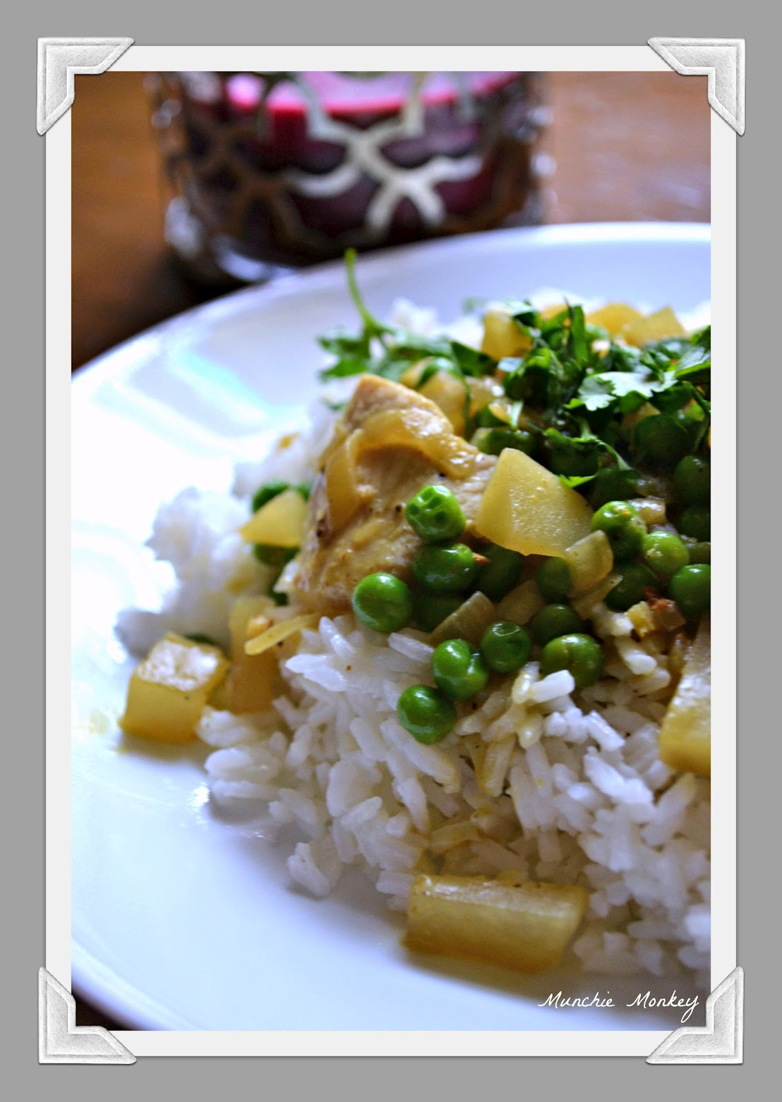 munchie monkey: Chicken With Potatoes, Peas & Coconut-Curry Sauce