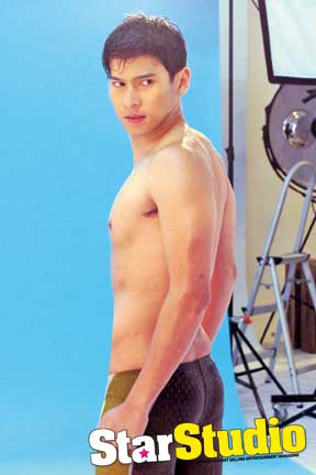 Sexy Shirtless Enchong Dee