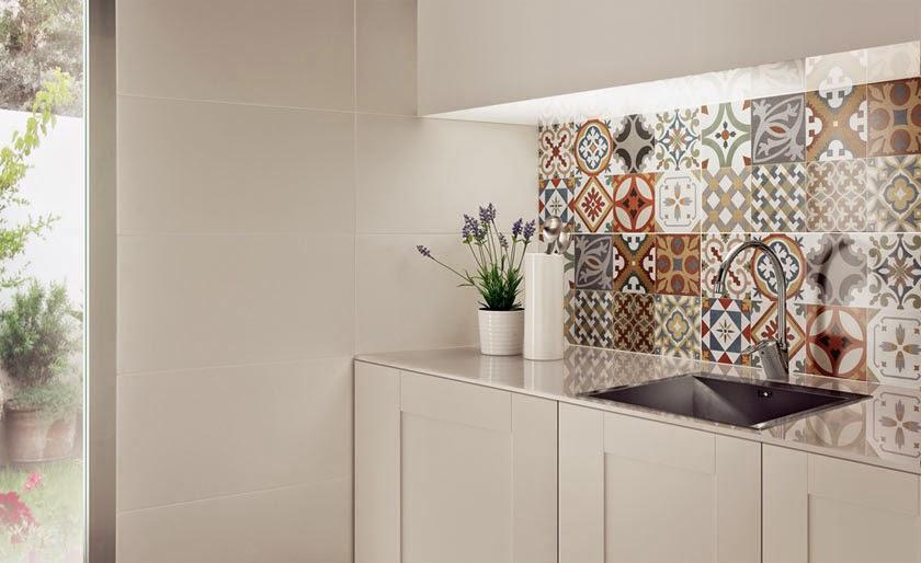 Chapado vintage en la cocina for Azulejos hidraulicos cocina