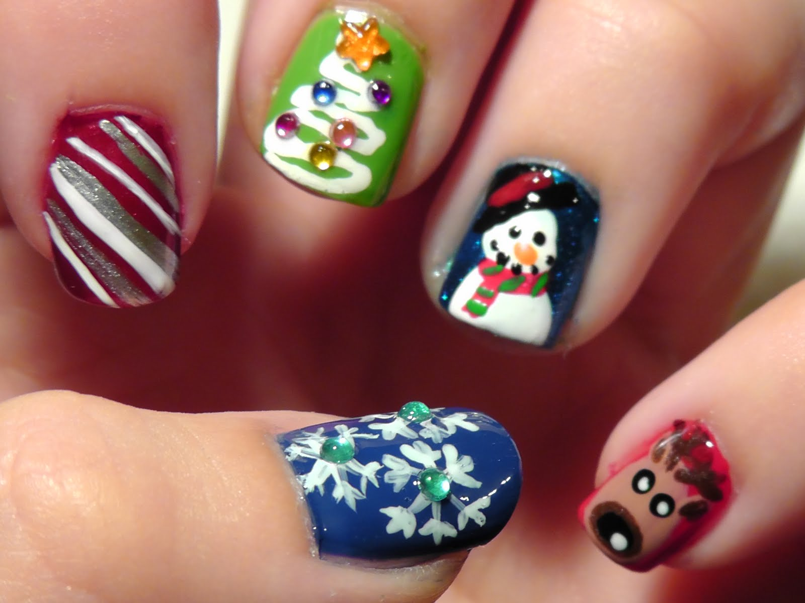 Christmas Design For Short Nails : Cherie s beauty christmas nails