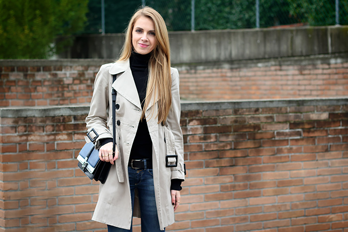 trench coat, jeans, black turtleneck, zara crossbody bag
