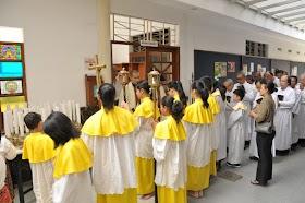 Acara Paskah Misa Anak - 31 Maret 2013