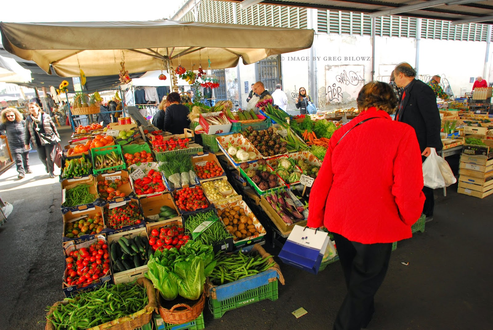 A farmers market in Florence, Italy