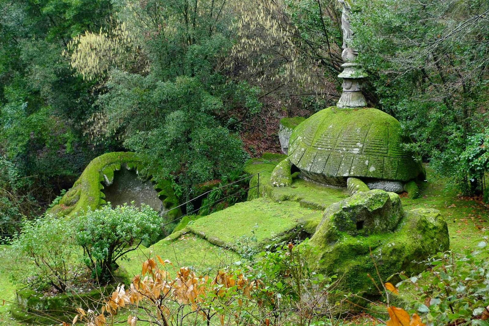Las hojas del bosque el bosque en miniatura i el for Jardines de bomarzo
