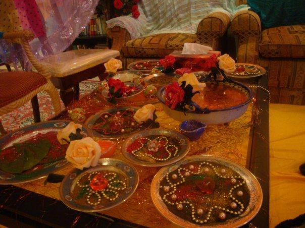 Mehndi Thaals Uk : Mehndi thaal plate its herbal magic