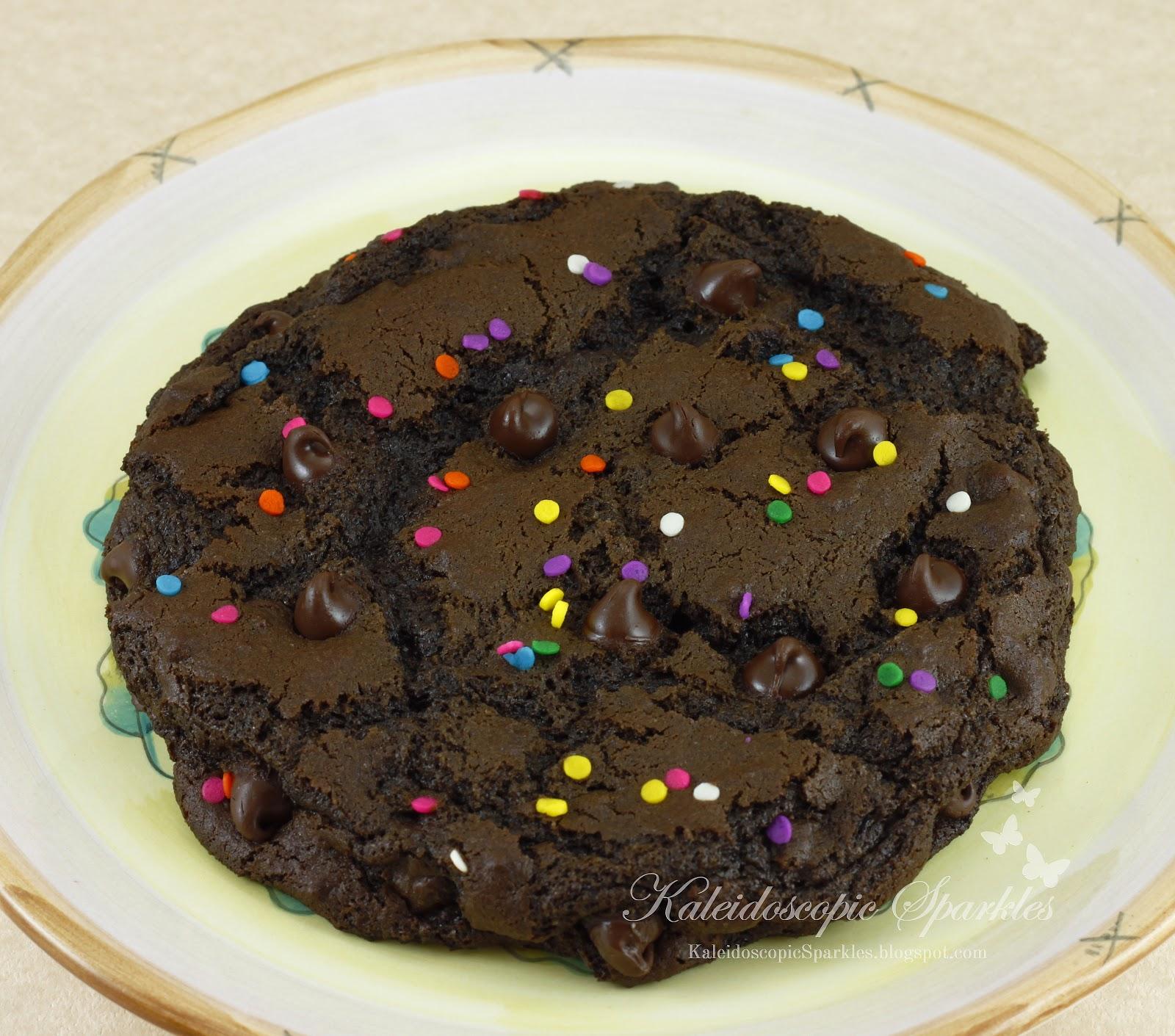 Kaleidoscopic Sparkles: Sweet Saturday: 1 XXL Chocolate Cookie