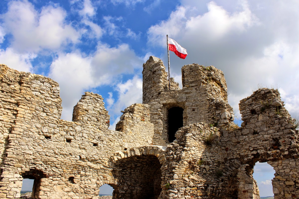 explorer's diary, old castle, poland
