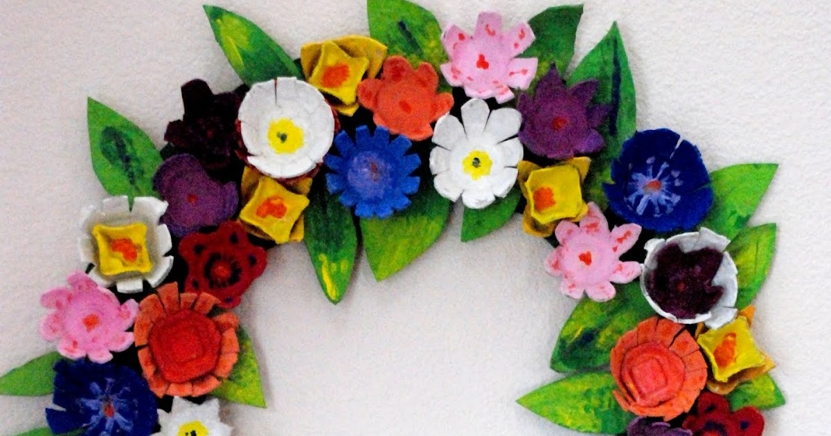 Egg carton flower wreath munchkins and mayhem Egg carton flowers ideas