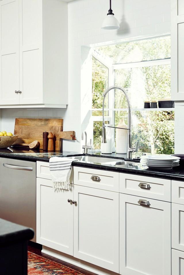 antes-y-despues-cocina-blanco-y-negro-cambio-de-look