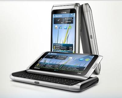 Nokia E7 hits the US market