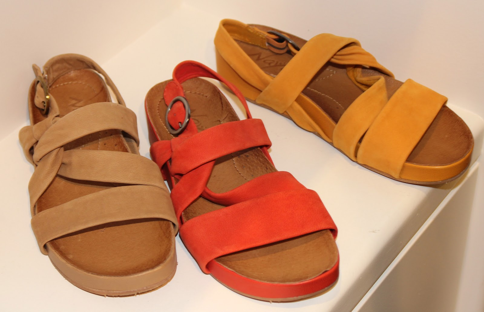 Brittany-nutty crunchy NOT -comfort sandal gets girly in a relaxed way with  thick leather upper straps in earth tones
