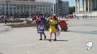Chinggis Khaan Square - beautiful ladies 2