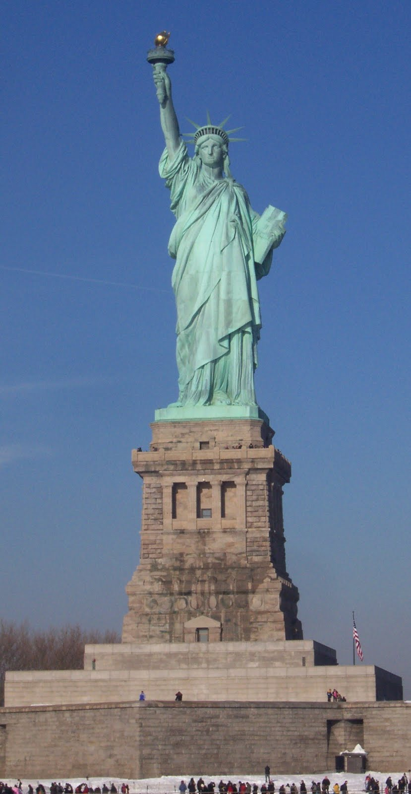 how to get to statue of liberty from nj