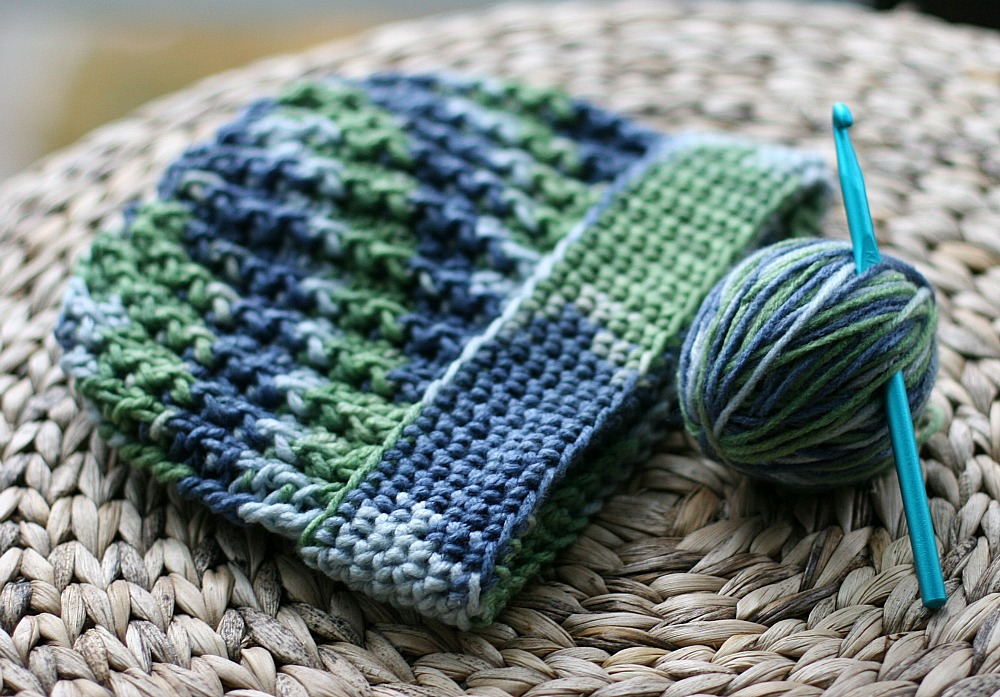 Easy Ribbed Crochet Hat Pattern