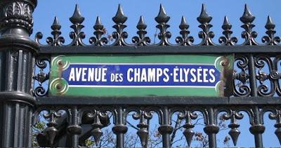 Discussing Alzheimer's on the des Champs-Élysées