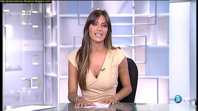 Sara Carbonero  escote