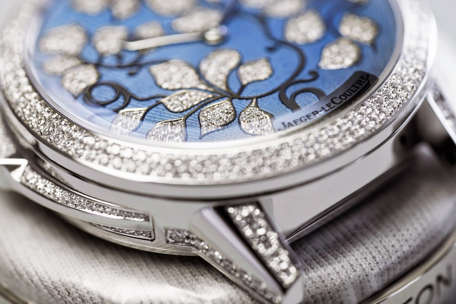 Jaeger-LeCoultre's Rendez-Vous Ivy Minute Repeater