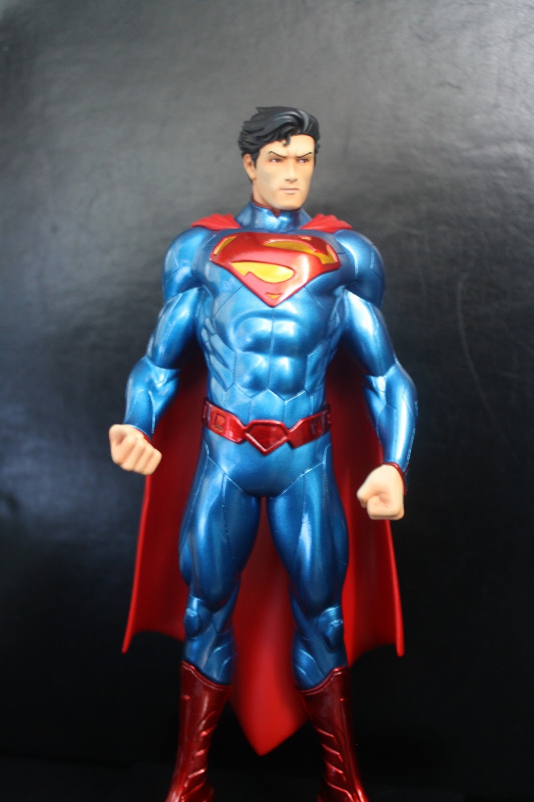 monitos y cosplay superman new 52 kotobukiya