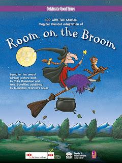 Chỗ Ngồi Trên Cái Chổi - Room On The Broom (2012) Poster