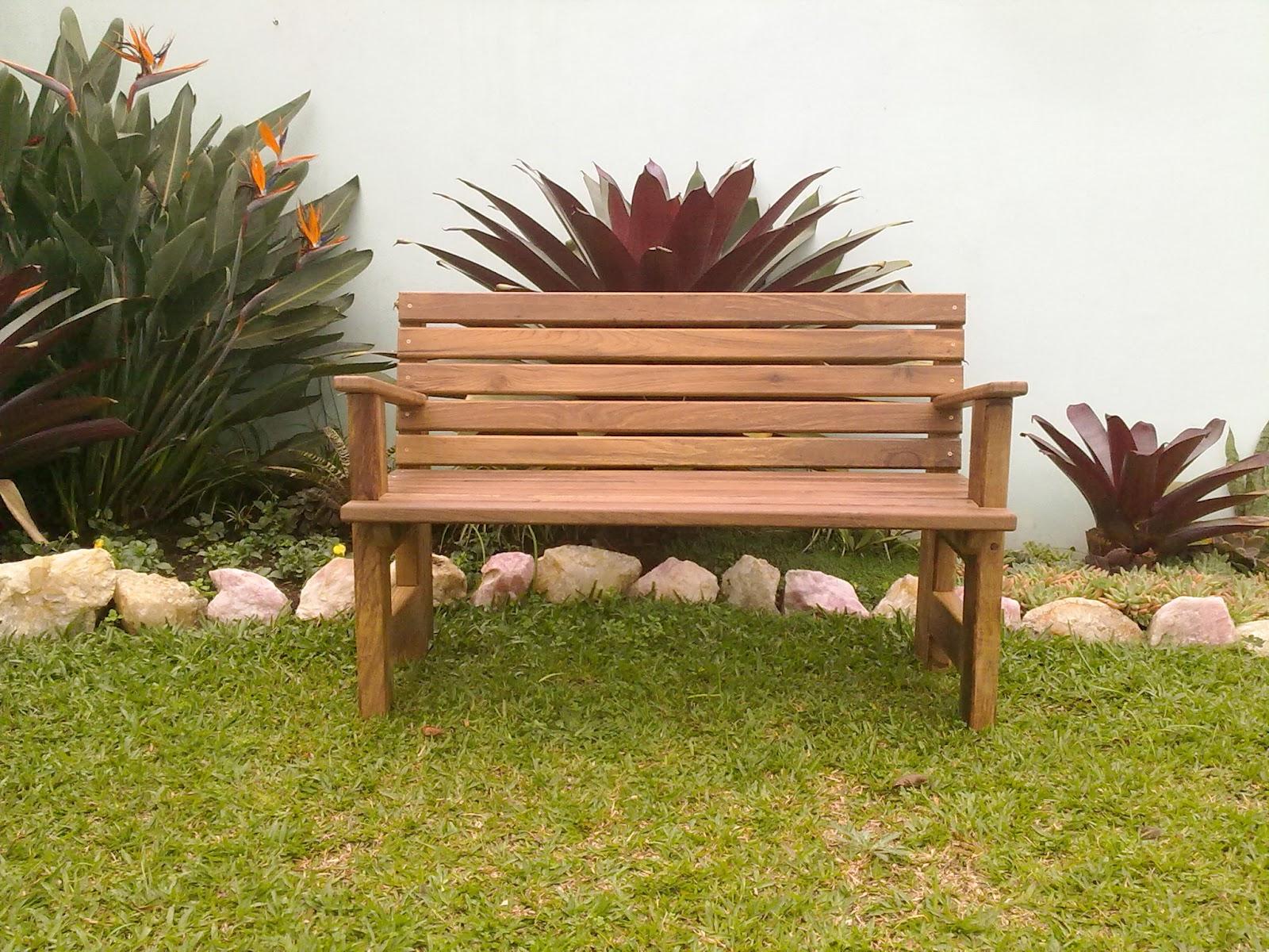 Cachepots  Marcenaria Artesanal Bancos para jardim em Imbuia [2