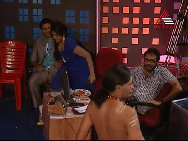 Meera Anil TV anchor hot cleavage show from Asianet comedy stars