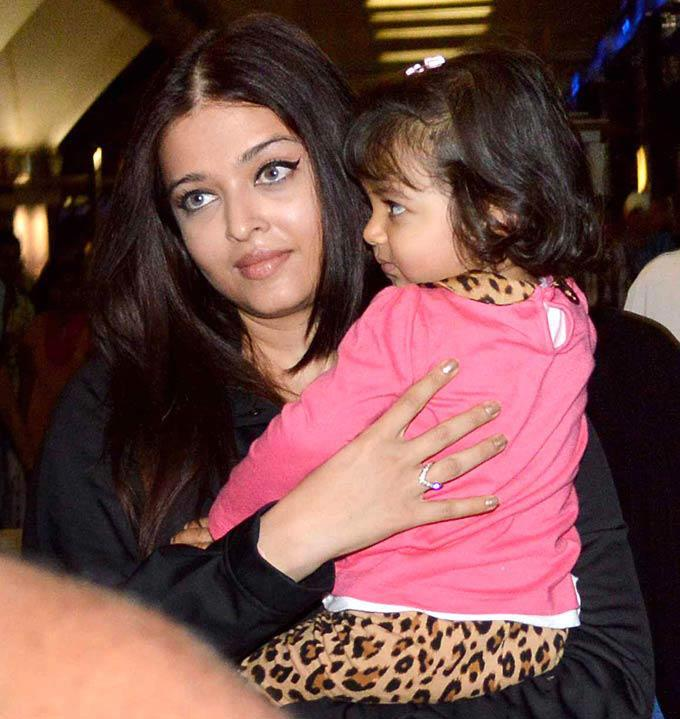 Aishwarya Rai Bachchan's daughter Aaradhya Latest Photos