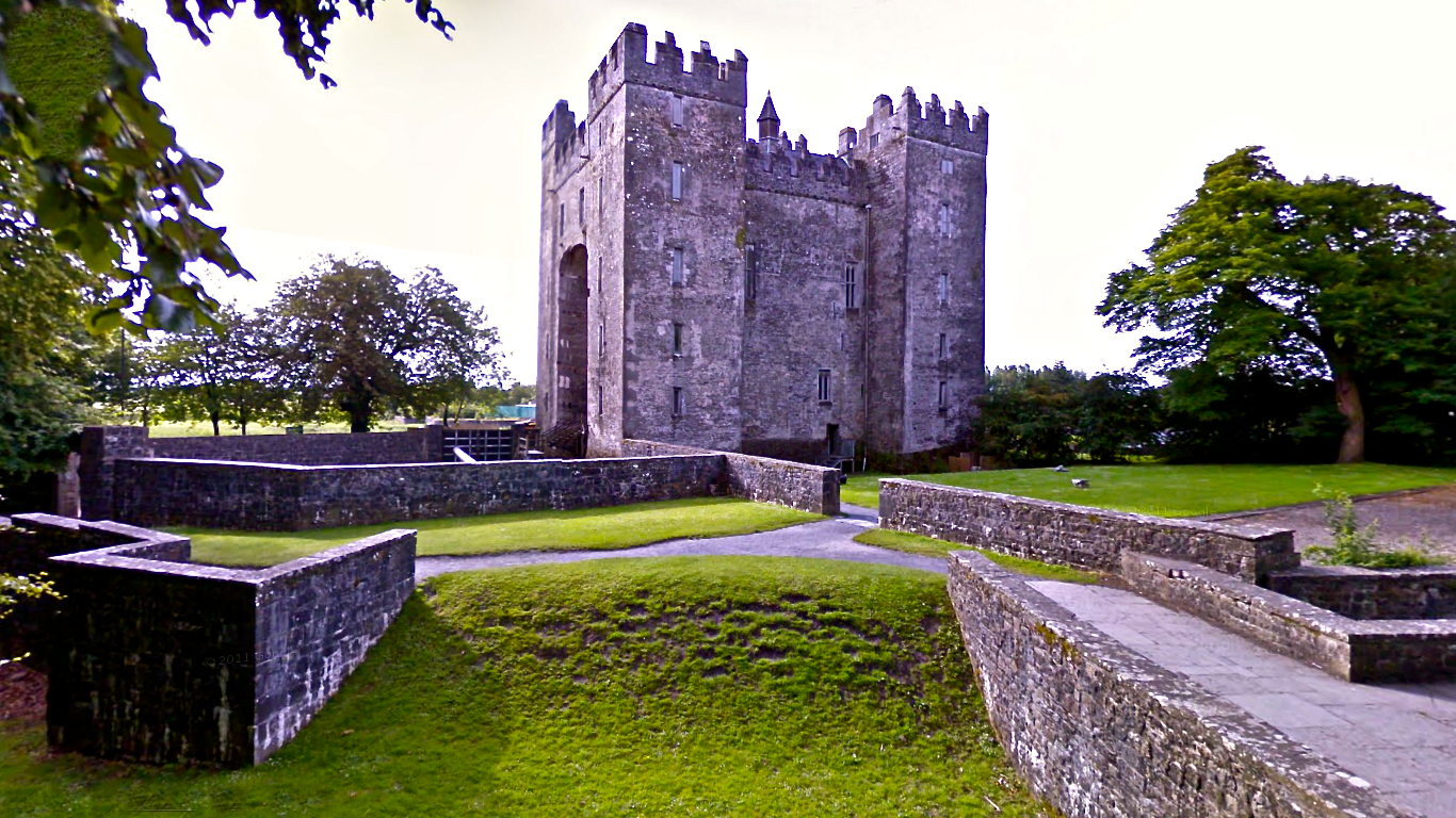 Bunratty castle hotel haunted