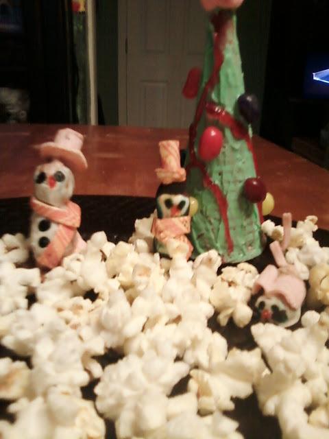 Popcorn snow scene.