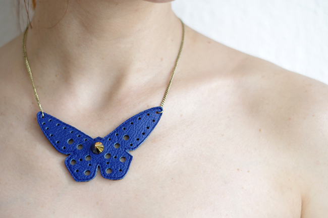 DIY Butterfly Statement Necklace. Step by step tutorial with free pattern. Designed and photographed by Xenia Kuhn for fashionrolla.com