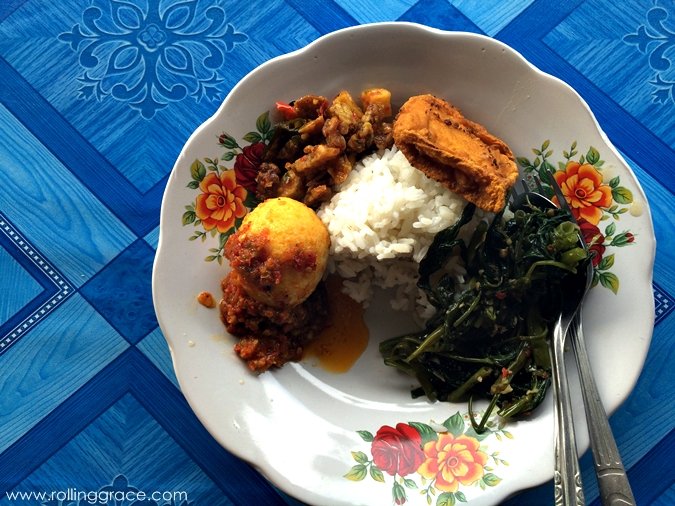 what to eat in bukit lawang
