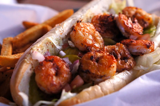 REDS PORCH, SOUTH AUSTIN SHRIMP PO-BOY, AUSTIN TEXAS