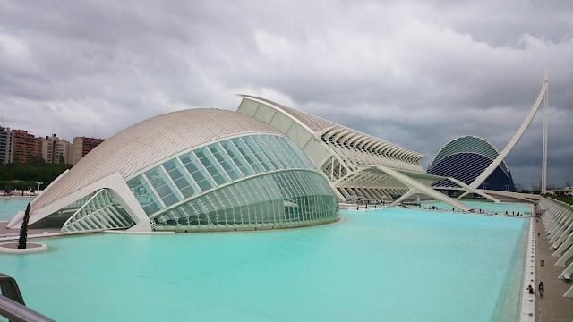 valencia,Walencja misteczko sztuki i nauki, co warto zobaczyć w walencji, lazurowa woda, hiszpania temperatura, przewodnik walencja