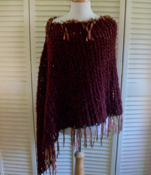 Knitting Poncho With Two Rectangles : Sammysgrammy make a poncho from rectangle