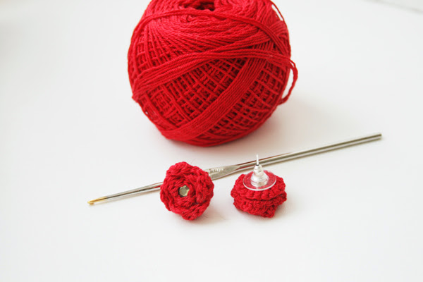 Orecchini facili fatti all'uncinetto: Tutorial Crochet