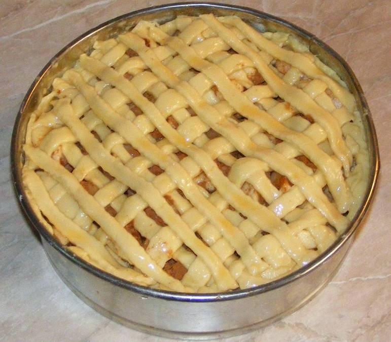 preparare tarta cu fructe, preparare tarta cu mere, preparare tarta frantuzeasca cu mere, retete culinare, dulciuri preparare, prajituri preparare, preparare prajitura cu mere, preparare placinta cu mere, retete cu mere, preparate din mere, preparare desert,