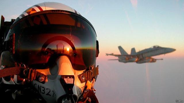 Operasi militer melawan ISIS di Irak dan Suriah diikuti sejumlah negara, termasuk Amerika Serikat, Inggris, dan Prancis.