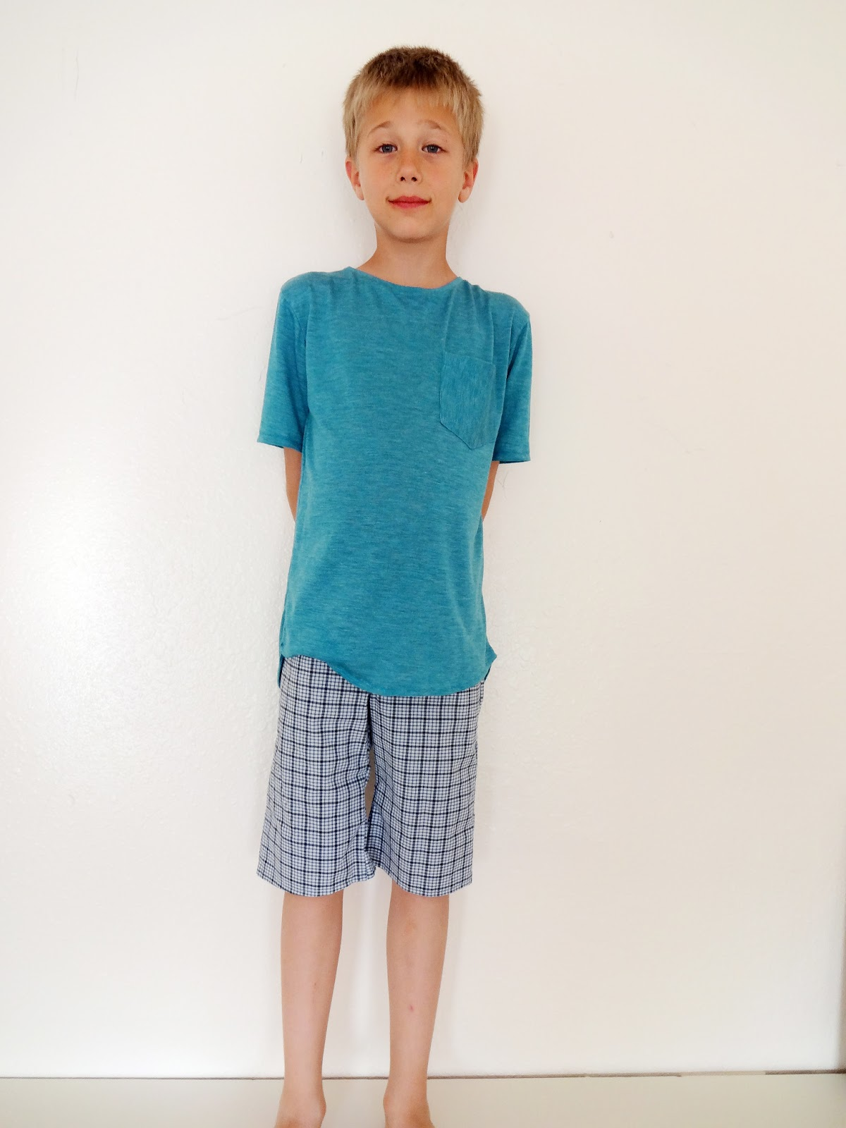 Shorts for Boys Shorts for boys at Abercrombie Kids come in so many styles, fits, and colors, it'll be easy to fill his dresser drawers with all of his favorites. From classic chinos to cool cargos, and everything in between, we've got his warm-weather look pretty much covered.
