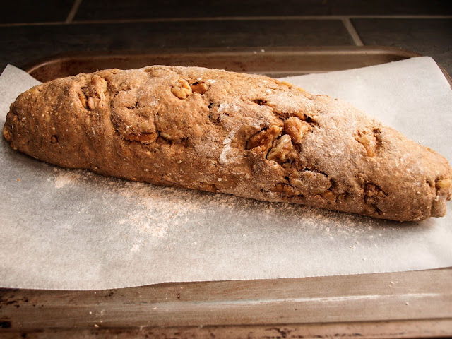 Walnut Loaf | Pavlova's Dog
