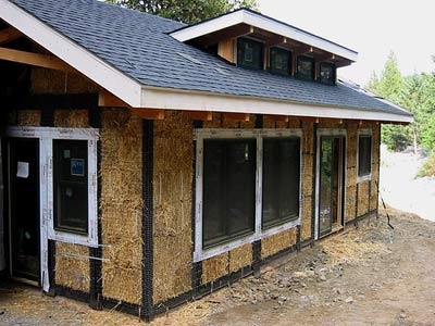 Jenn blogs here hay is for houses - Straw bale house ...
