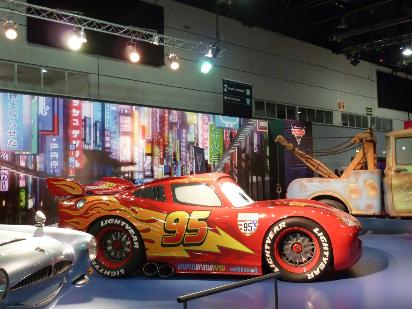 Diario de placeres cars 2 grand prix por el mundo for Salon pixar paris