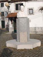 Estátua do Padre Alfredo Marques dos Santos