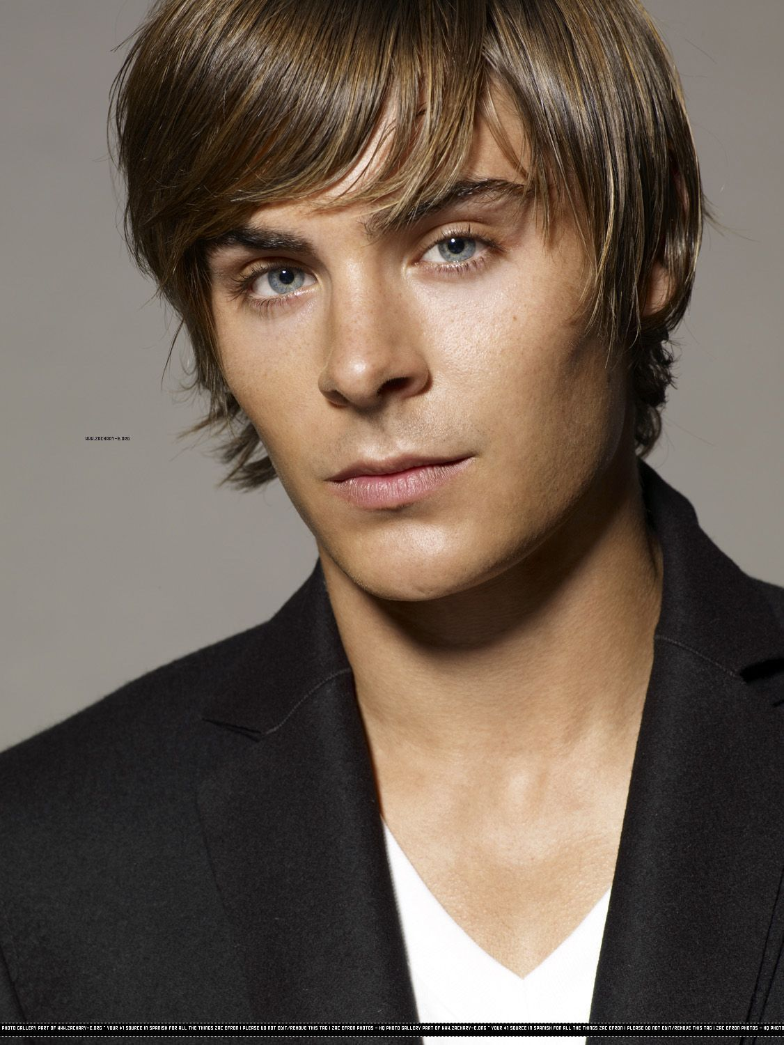 View Pictures Of Zac Efron Hairstyles New Haircut Cool Hairstyles