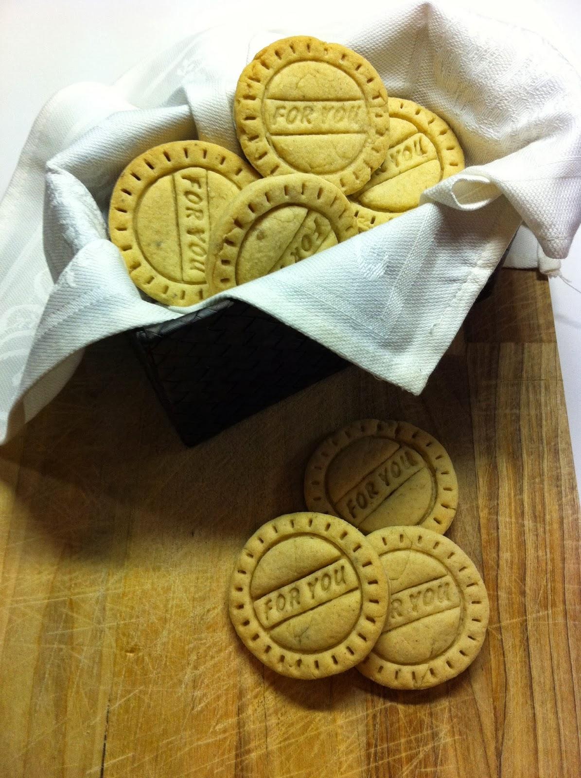 biscotti allo zenzero, cannella e cardamomo