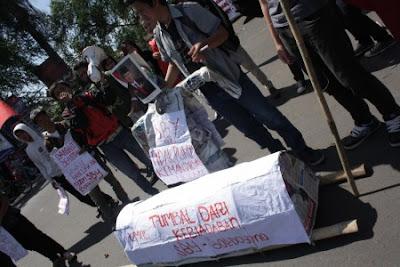 Demo Kenaikan Harga BBM 2012
